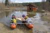 На реке в Хакасии перевернулся катамаран, пропали пять человек