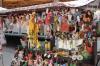 В Великом Новгороде с незаконной торговлей борются изъятием товаров