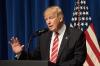 Трамп пообещал сохранить санкции против России