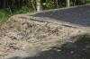 До первого дождя: обновленный парк в Пыть-Яхе разрушается еще до открытия