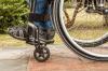 В Тюмени инвалиду пришлось ползти за пенсией