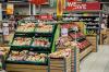 «Нам нужна еда, а помощи нет». Индонезийцы вынуждены грабить магазины