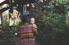 «Ее нашли с ребенком на груди». Индонезийцы скорбят по умершим во время землетрясения