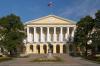 Власти Питера расторгли  с компанией Дерипаски договор на восстановление исторических зданий