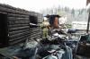 На Алтае мужчина спас трех человек на пожаре в соседнем доме