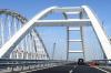 Украина сделала платным проезд по Крымскому мосту