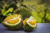 Ну и фрукт! Индонезийский самолет задержали из-за тонны вонючих экзотических плодов