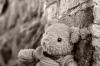 В Омске нашли в сугробе малышку, которую беспечная мать оставила дома одну