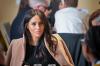 Британские СМИ заподозрили Меган Маркл в свадьбе по залету