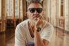 «Сам себе придумал надбавку». Шнуров высмеял мэра Екатеринбурга за повышение зарплаты