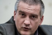 Эксперт: Ткачев может сделать Аксенова «парадным генералом» Крыма