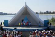 В День молодежи в Иркутске на острове Юность прошел музыкальный фестиваль КВН