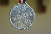 Топ-10 событий недели в регионах России. Медаль досрочно, дятлы от туризма и губернаторы на ковре