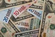 «Рубль взял паузу»