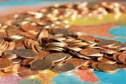 «Людям страшно инвестировать деньги, проще вместе с ними уехать»