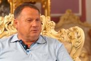 «Не секрет, что правят миром масоны». Пермский депутат рассказал о своем детстве, проблемах и национальной идее
