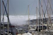 Жителей Индонезии предупредили об угрозе новой волны цунами