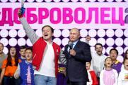 Смыслы недели: неубедительный Медведев, партшкола нового образца и волонтеры за Путина