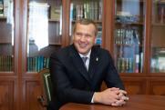 Ставка губернатора на элиты. Астраханская область ждет Путина, Шеина и Навального