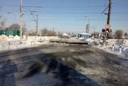 В Кинеле иномарка протаранила барьер на железнодорожном переезде