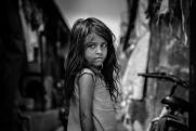«Не надо создавать им дополнительные проблемы». Эксперт рассказал, как помочь неблагополучным семьям