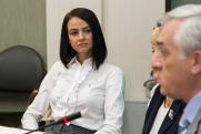 Экс-чиновница «никто не просил рожать» устроилась на новую работу