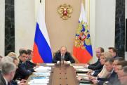 Путин поручил Медведеву и Вайно заняться освещением реализации нацпроектов в СМИ