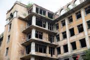 «Объект оказался заложником войны города и области». Судьба заброшенной больницы в Екатеринбурге стала вопросом доверия к власти
