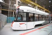 «Уралтрансмаш» показал новый ультрасовременный трамвай, отслеживающий усталость водителя