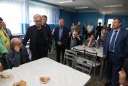 Александр Усс осмотрел пункты временного размещения под Ачинском