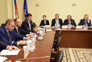 Новый формат заседания Госдумы. В «депутатском треугольнике» обсудили перспективы Ростовской области