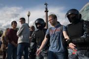10 законов, которые изменили жизнь россиян в уходящем десятилетии
