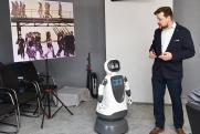 АПЗ совместно с Московским авиационным институтом разрабатывают социальных роботов