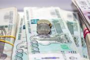 «Не спешите закрыть кредит». Финансовый эксперт о том, как потратить выданные государством 10 тысяч на ребенка