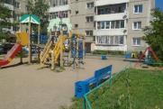 В Октябрьском округе Иркутска завершили ремонт 148 детских площадок