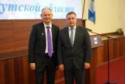 Игорь Кобзев вручил государственные награды Российской Федерации и награды Иркутской области