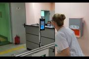 В школе на Ямале появился высокоточный терминал для замера температуры