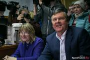 Александр Новиков спел шансон про уральского миллиардера на Первом канале