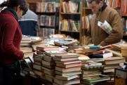 Какие книги в 2021 году покупали чаще всего. Фантастика и эротика стали еще популярнее