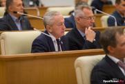 Чьи амбиции круче? Депутат-оратор и хирург Вячеслав Погудин