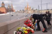 Акции в честь Бориса Немцова проходят в городах России
