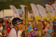 Забег с олимпийским огнем начался с потухания факела