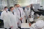 Уральскому полпреду показали электронный мозг «умного комбайна»