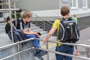 Школьную охранницу отстранили от работы после избиения мальчика в Кемерове