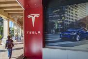 Несколько губернаторов пригласили Маска строить завод Tesla в России