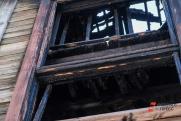 На тушение крупного пожара в омской деревне ушло 17 часов