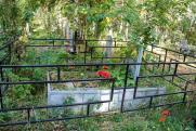 Священник рассказал, как нельзя поминать родных на кладбище