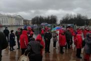 Жители Кирова 1 мая вместо митингов вышли на прогулку