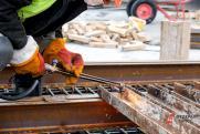 Крупный контракт на ремонт моста на трассе в Югре разыграли без торгов