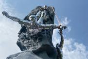 На перевале Дятлова установили монумент в память о погибших студентах